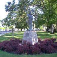 Medford_OR_Liberty_Statue